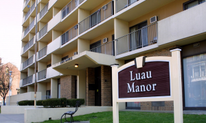 An image of the Luau Manor Building